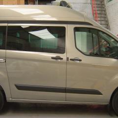 Ford Transit Custom: transport d'une personne en fauteuil roulant